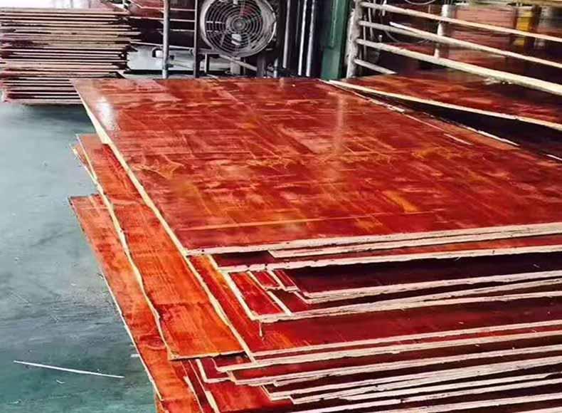 鑫虹泰专业生产的建筑模板