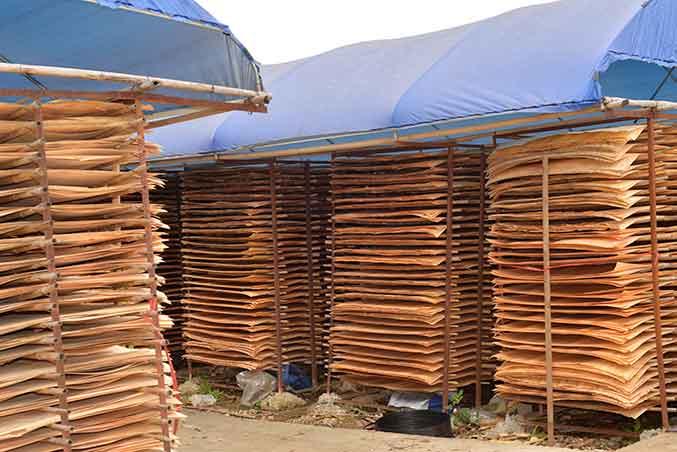在生产高质量建筑红板