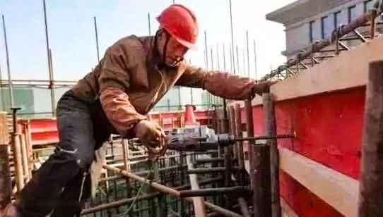 建筑红板工地使用现场