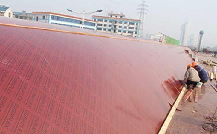 施工大模板在工地使用中